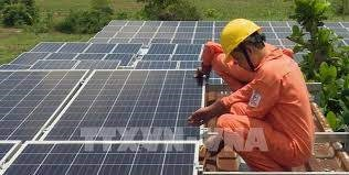 HCM City to connect all rooftop solar systems to power grid hinh anh 1