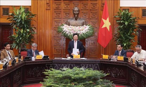 Deputy PM meets Vietnam-ASEAN Association for Economic Cooperation Development delegation hinh anh 1