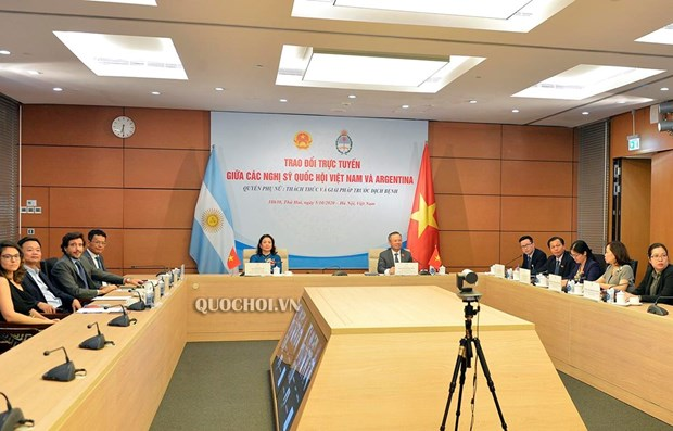 Vietnam, Argentina's lawmakers discuss women's rights in time of COVID-19 hinh anh 1