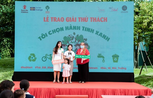 Vietnamese children, youths engage in environmental protection hinh anh 1