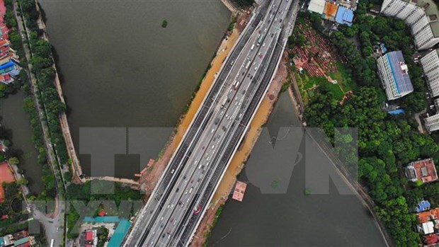 Section of Hanoi Belt Road No 3 spanning Linh Dam Lake opens hinh anh 1