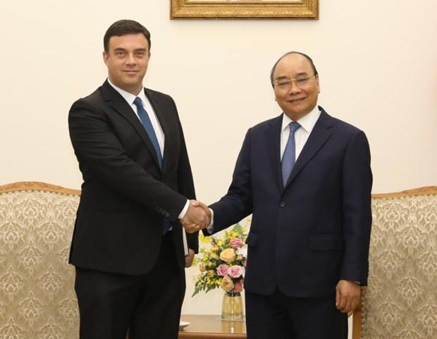 PM Nguyen Xuan Phuc receives Israeli Ambassador hinh anh 1