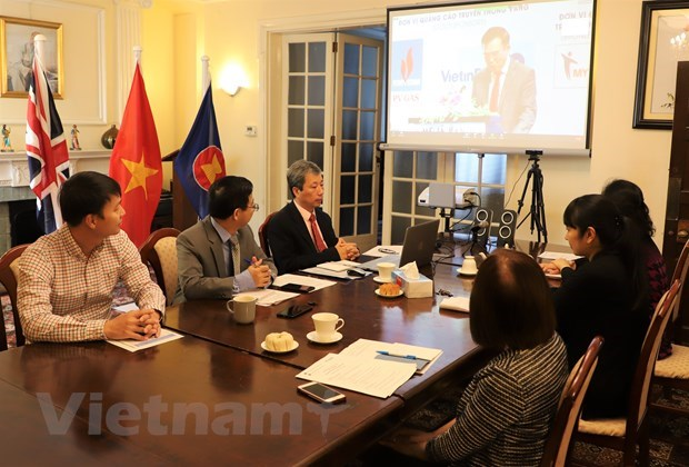 Vietnamese, UK firms look to bilateral FTA post-Brexit hinh anh 1