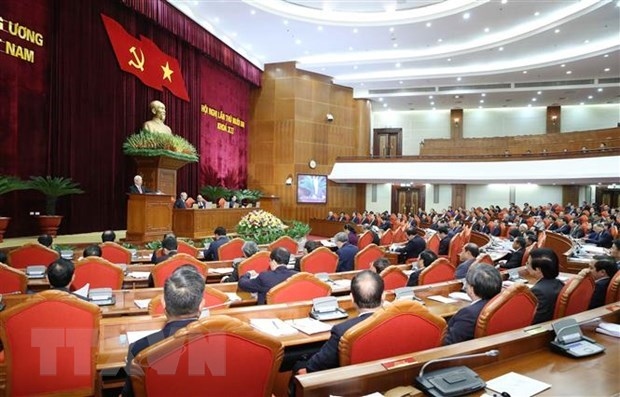 Personnel matters in focus on fourth working day of Party Central Committee's 13th session hinh anh 1