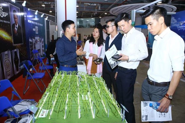 Vietnam's biggest event for innovative startups slated for next month hinh anh 1