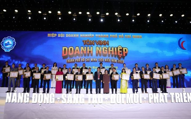 HCM City honours outstanding businesses, entrepreneurs in 2020 hinh anh 1