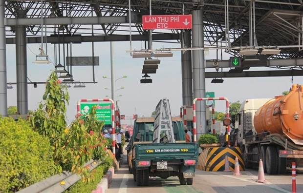 PM orders non-stop toll collections to go into service immediately hinh anh 1