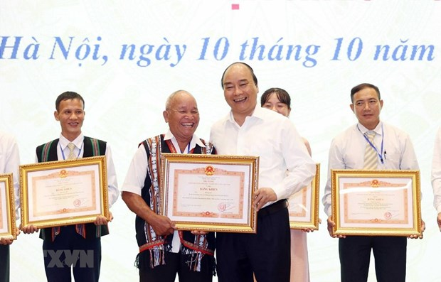 PM lauds role models in mass mobilisation hinh anh 1