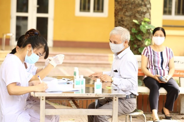 Vietnam records three new imported cases of COVID-19 on October 13 hinh anh 1