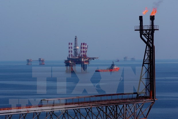 Vietsovpetro surpasses oil and gas production targets hinh anh 1