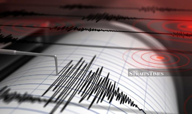 Earthquakes shake Philippines, Indonesia hinh anh 1