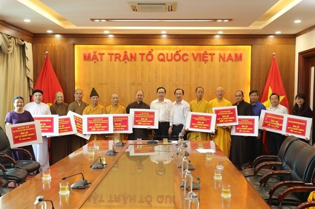 Religious organisations join hands to help the poor hinh anh 1