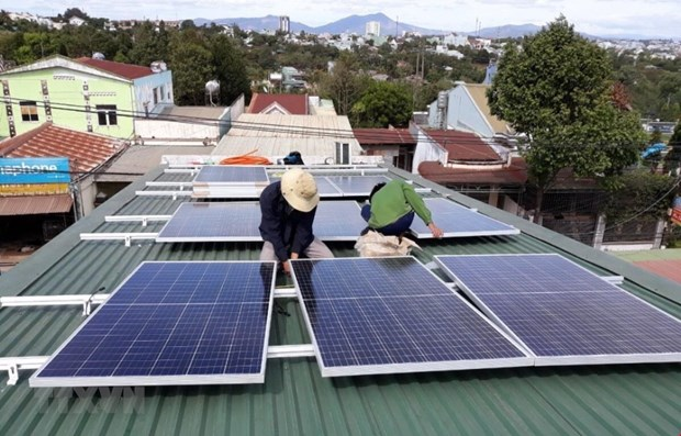 EVN's solar power buyback up 2.6 times in first nine months hinh anh 1