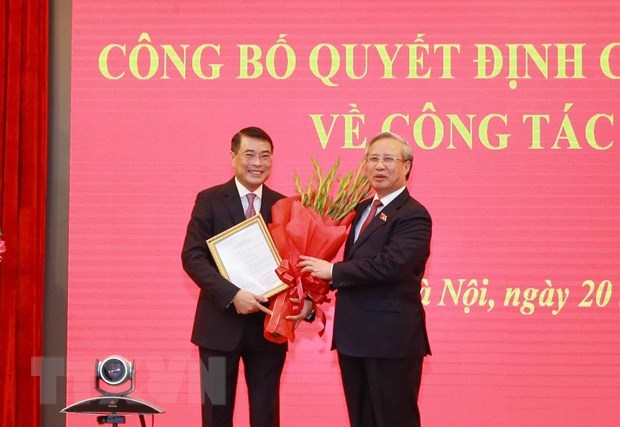 SBV Governor assigned as Chief of Party Central Committee's Office hinh anh 1