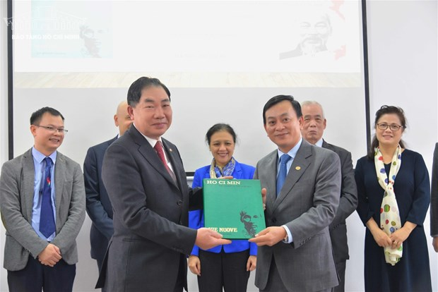 Italian works on Ho Chi Minh introduced in Hanoi hinh anh 1