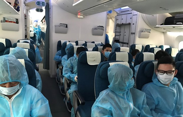 Three new imported cases of COVID-19 detected on October 22 hinh anh 1