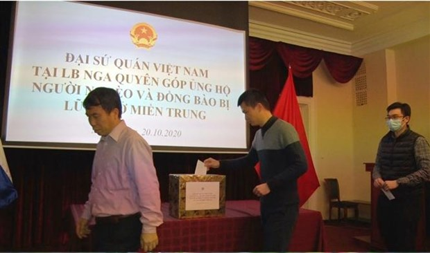 Vietnamese abroad support flood victims in homeland hinh anh 1