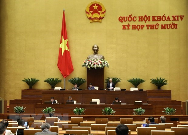 Lawmakers debate draft laws on 10th sitting's third day hinh anh 1