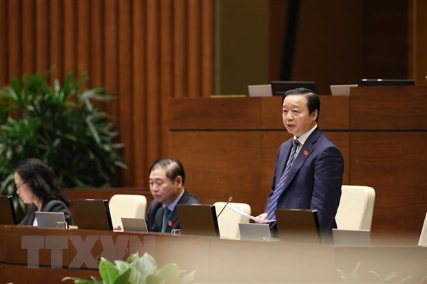 Legislators debate draft revised Law on Environmental Protection hinh anh 1