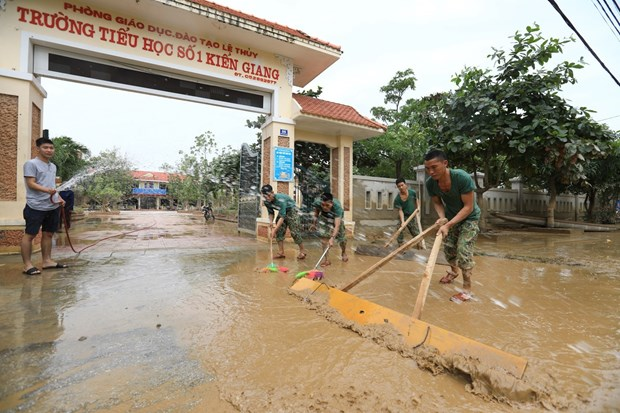 Saudel triggers downpours in central region, new storm coming hinh anh 1