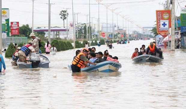 Floods in Cambodia claim 40 lives hinh anh 1