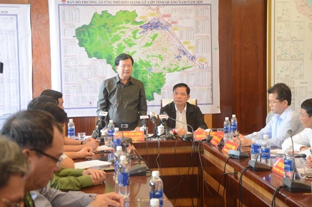 Evacuation from vulnerable areas urged as Storm Molave approaches hinh anh 1