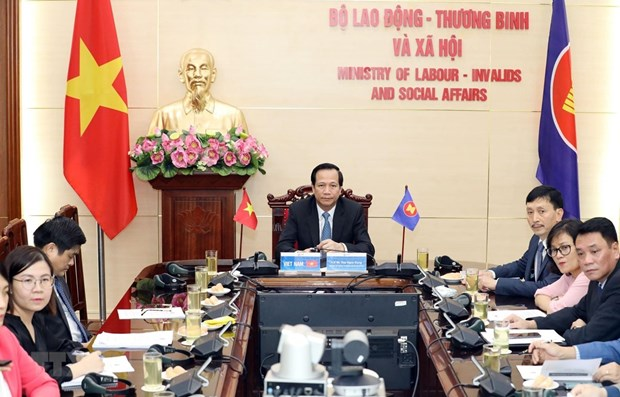 ASEAN promotes competitiveness, adaptability of labourers hinh anh 1