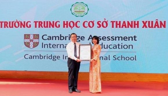 Hanoi's public school recognised as Cambridge school hinh anh 1