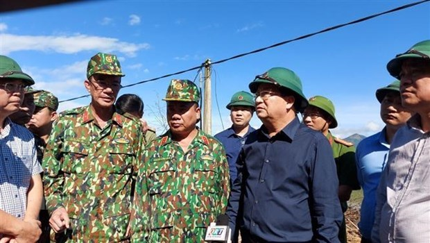 Race against time to find landslide victims: Deputy PM hinh anh 1