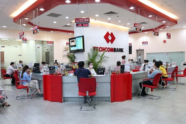 Techcombank posts robust earnings gains in 9 months hinh anh 1