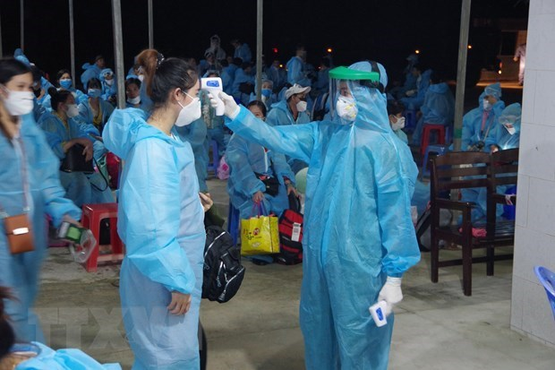 Vietnam records no new community COVID-19 infections for 59 days hinh anh 1