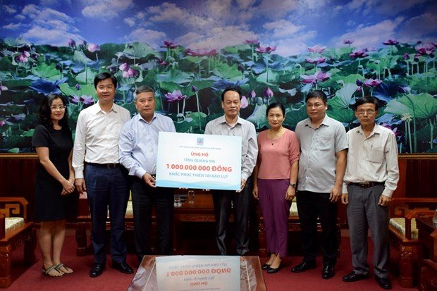 Funds raised by PetroVietnam to support flood victims, poor people hinh anh 1