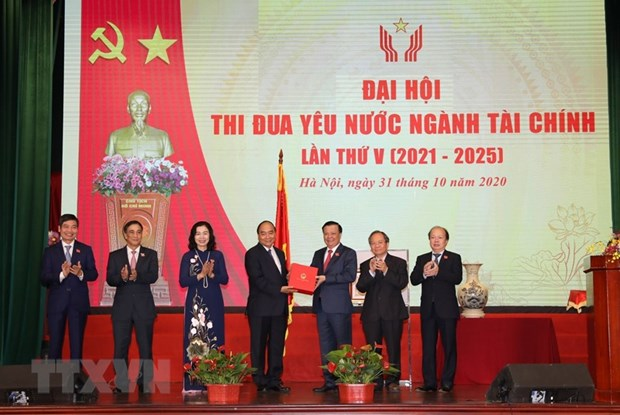 PM requests financial sector to effectively use capital resources hinh anh 1