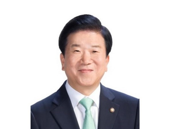 Speaker of Korean National Assembly begins Vietnam visit hinh anh 1