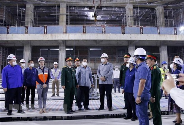 Lao Deputy PM inspects construction of Vietnamese-funded NA House hinh anh 1