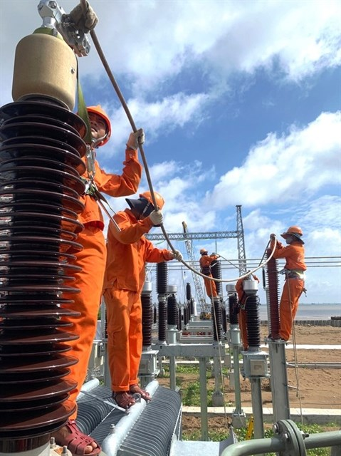 Mekong Delta provinces build more wind power projects hinh anh 1