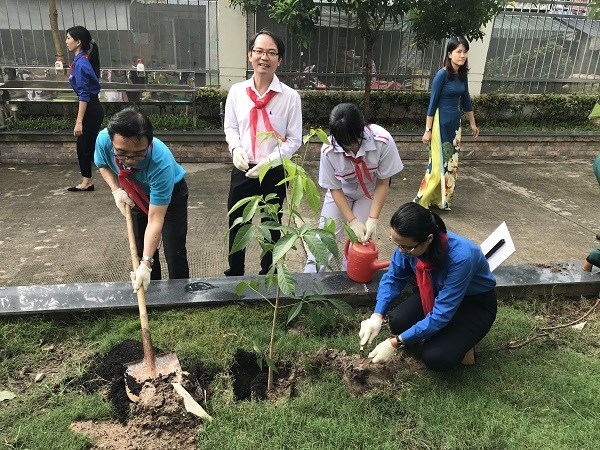 HCM City's campaign aims to improve children's awareness of environmental protection hinh anh 1