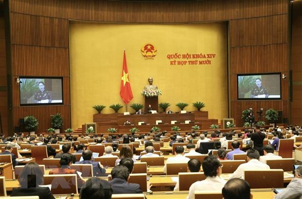 Lawmakers meet on November 3 over socio-economic issues hinh anh 1