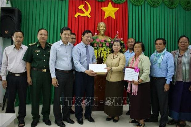 Cambodian Deputy PM provides aid to central region hinh anh 1
