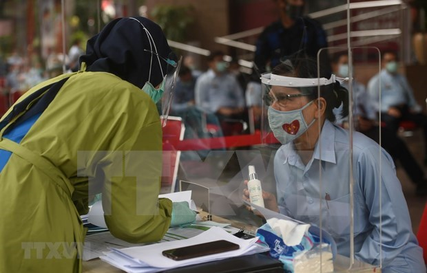 Indonesia, Malaysia record new COVID-19 cases hinh anh 1