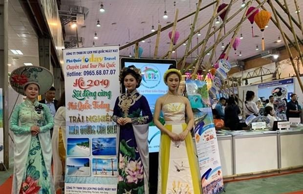 Travel expo looks towards digital transformation to boost development hinh anh 1