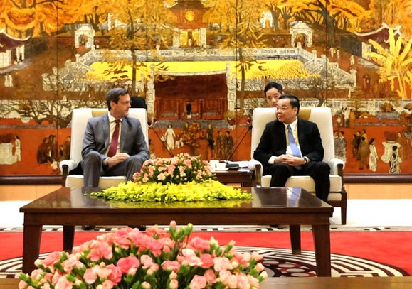 Hanoi highly values ADB's support in infrastructure development hinh anh 1