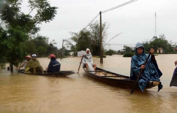 More aid coming to flood-hit residents hinh anh 1