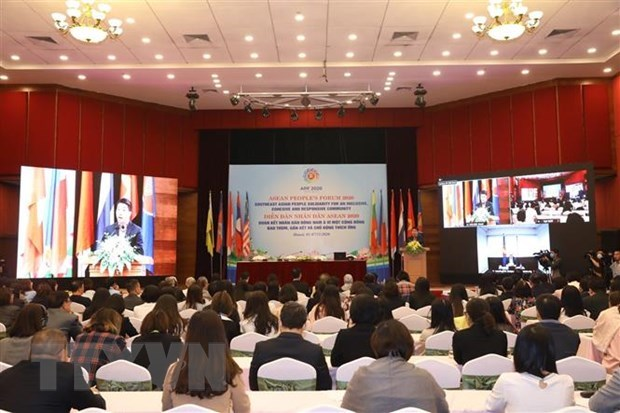 ASEAN People's Forum wraps up hinh anh 1