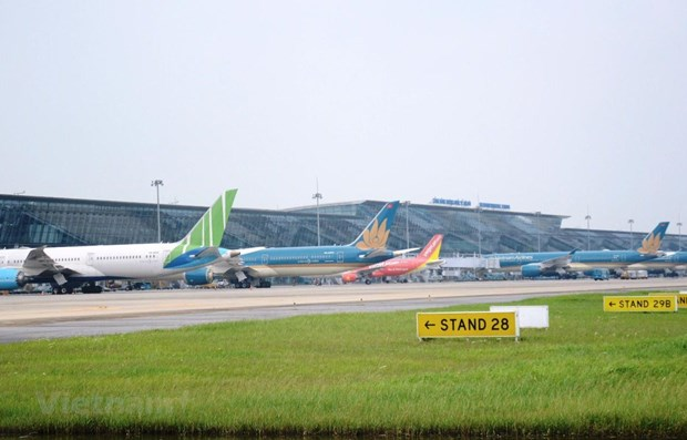Airports in south central region closed on November 10 due to storm Etau hinh anh 1