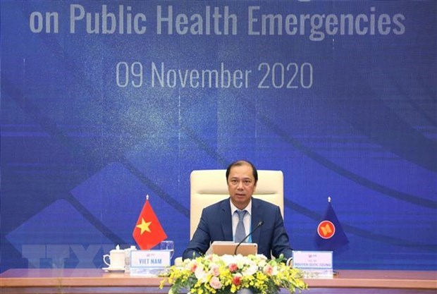 Deputy FM chairs 5th meeting of ACC working group on public health emergencies hinh anh 1