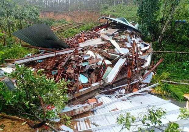 Latest landslide in Quang Nam kills one hinh anh 1