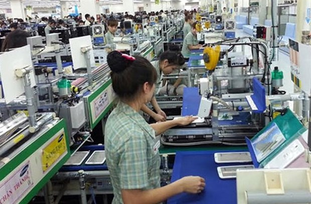 Vietnam should have law on supporting industry: VCCI Chairman hinh anh 1
