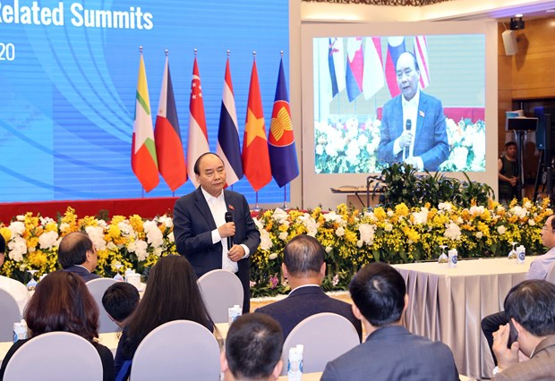 Prime Minister checks preparations for 37th ASEAN Summit, related events hinh anh 1