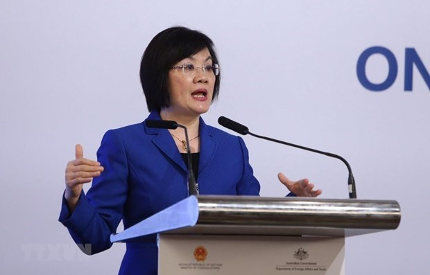 ASEAN Women Leaders' Summit encourages women to prove their role hinh anh 1